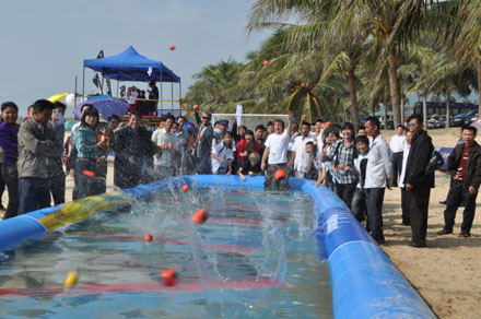 Mass Waboba Bounce-Off at the Surfing Hainan Open